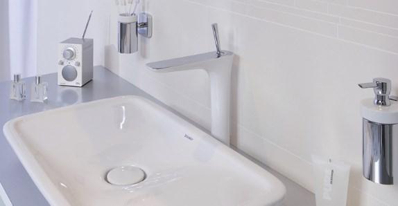 Выбираем смеситель и раковину для ванной комнаты.